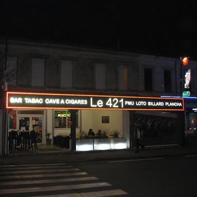 Le 421 Brasserie, Restaurant et Cave à Cigares